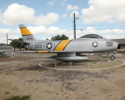 F-86 sn 47-605